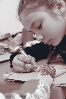 Teaching the youths : Nurdana, future henna master :)